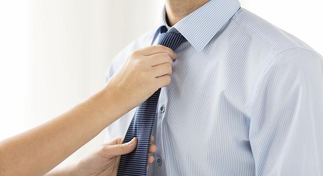 9b27315ad78ab ワイシャツとネクタイをおしゃれに組み合わせる色柄10選 - Customlife