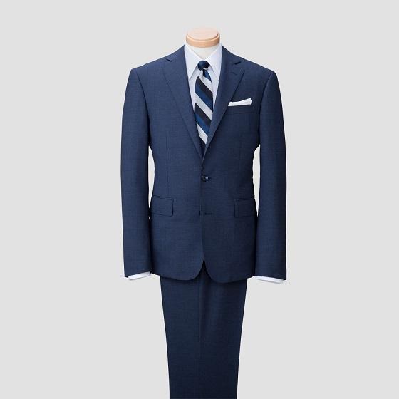 しわになりにくいスーツ