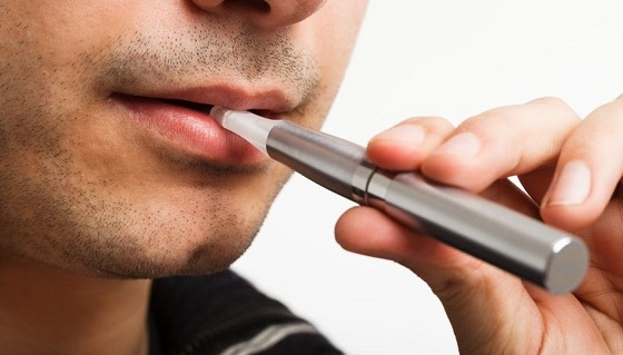 電子 タバコ 日本製