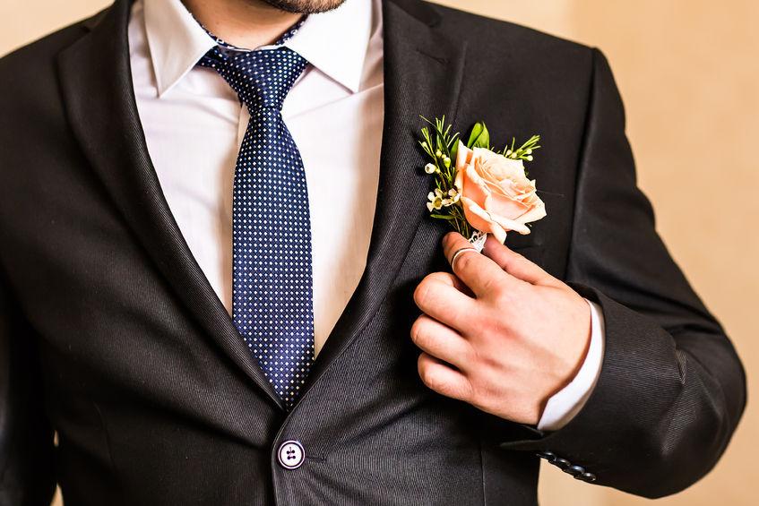 7529c962350d5 結婚式スーツの選び方|結婚式を楽しむために知りたい着こなし10選 - Customlife