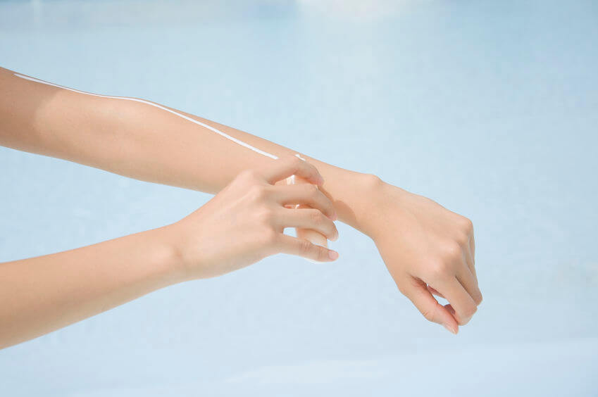 手の甲,シミ
